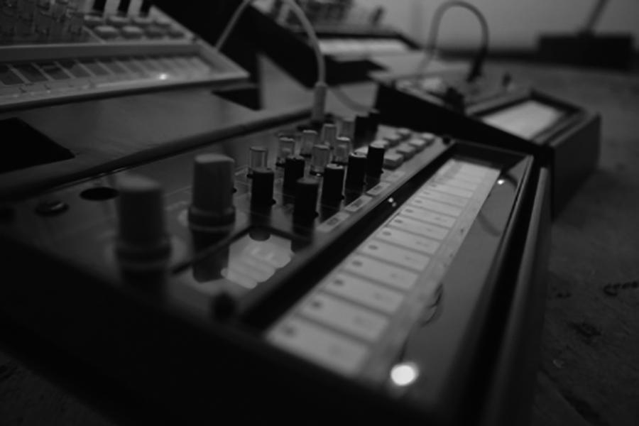 MÜZİK TEKNOLOJİLERİ ANA BİLİM DALI | Müzik Teknolojileri Tezli Yüksek Lisans Programı