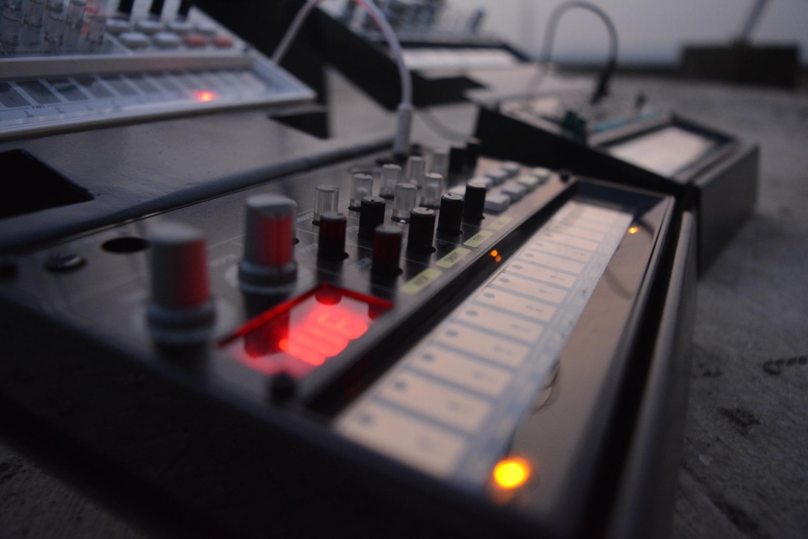 Müzik Teknolojileri Slide 01